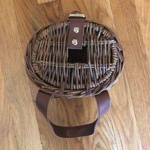 Vintage Bags - Vintage Summer Afternoon Creel Wicker Basket Purse